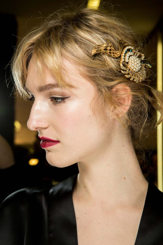 dolce gabanna hair jewel