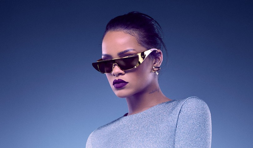90581ec2a0 Rihanna is a Fashion Boss and Can t Be Stopped - 29Secrets
