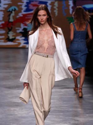 Lingerie-Inspired Looks Stella McCartney
