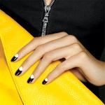 b-_moon_manicure_150_x_150.jpg