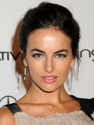 Lighten Up: Summer Makeup Switches - 29Secrets