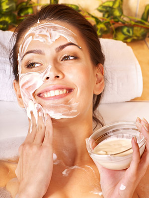 b_-_easy_homemade_spa_treatments_300x400