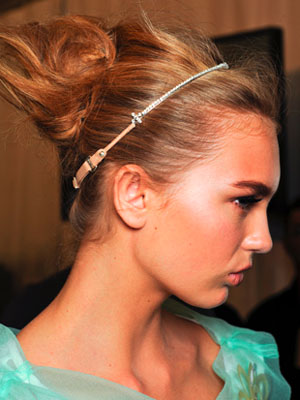 Louis Vuitton Spring 2012 Hair