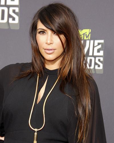 how to cut long bangs like kim kardashian