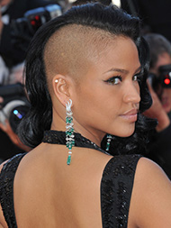 Cassie shaved head pics, fuking sex britney spears