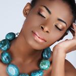 s_-_how_to_wear_statement_jewelry.jpg