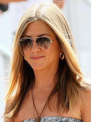 S - Jennifer Aniston Aviators 300x400