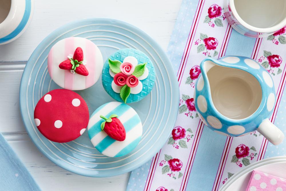 Cute Tea Time Cupcakes